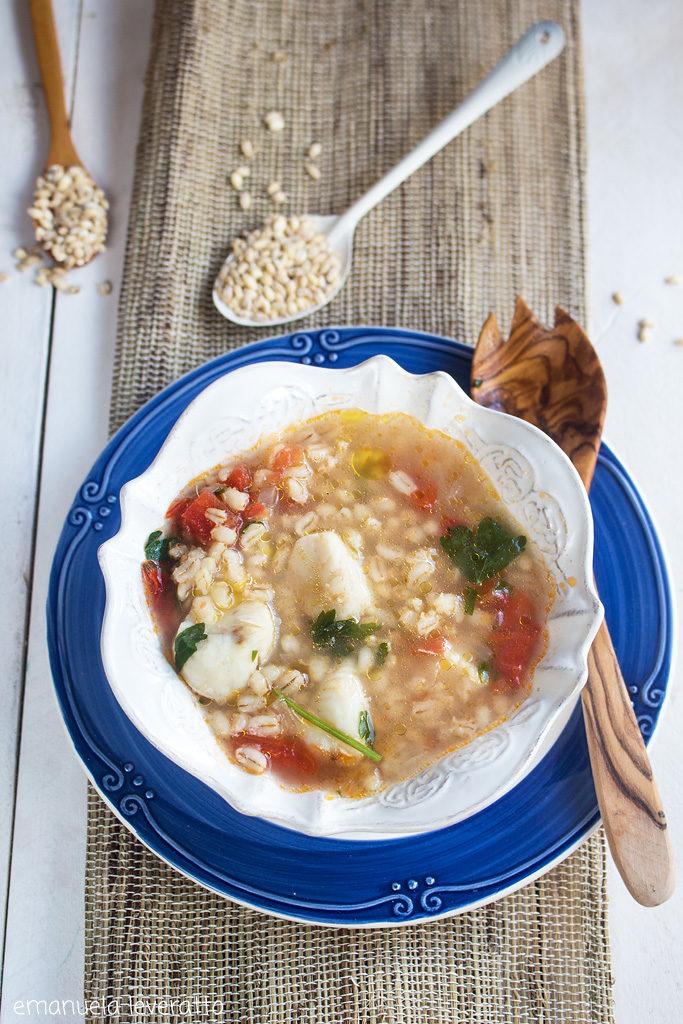 zuppa di nasello con orzo