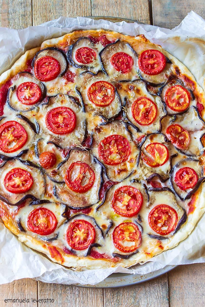pizza di sfoglia con melanzane 2