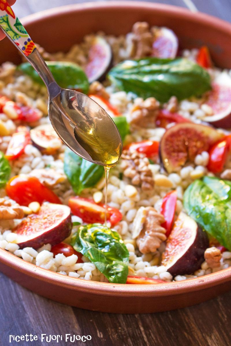insalata-tiepida-di-orzo-e-fichi