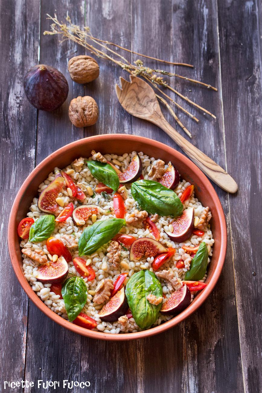 insalata-tiepida-fichi-e-orzo