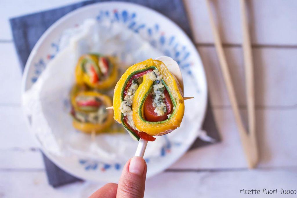 involtini di peperoni e zucchine